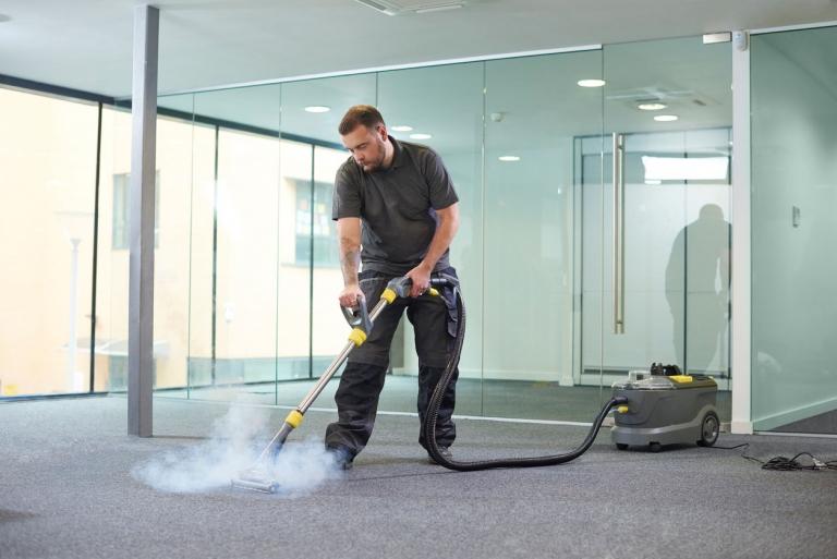 Desinfektion für Teppichböden