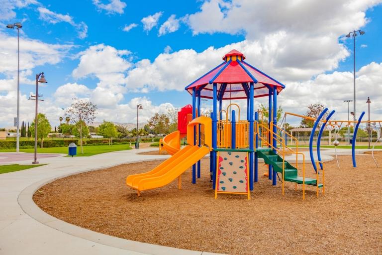 Spielplätze – Visuelle Routineinspektion